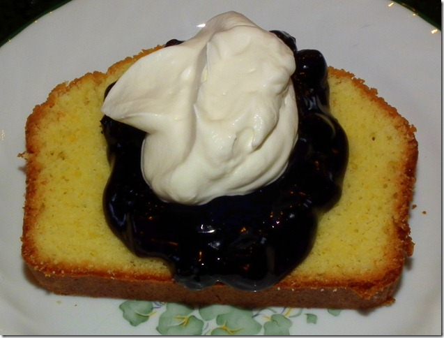 Lemon Loaf Cake with Bluberry Compote