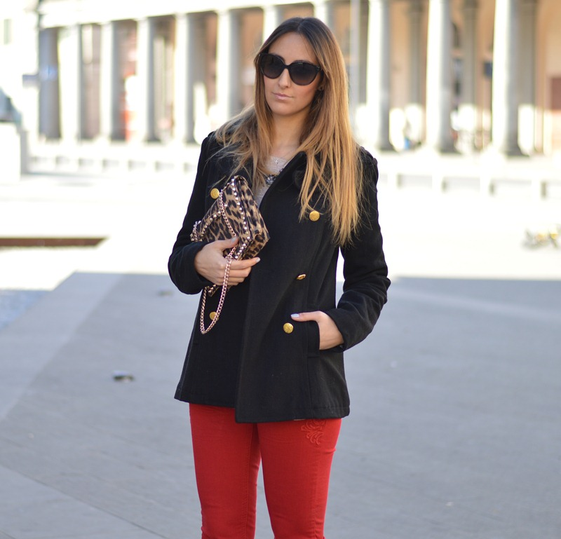 Stradivarius, Stradivarius Coat, Stradivarius Skinny, Stradivas by Stradivarius, Stradivarius fashion blogger, Stradivarius Clutch, Stradivarius red pants