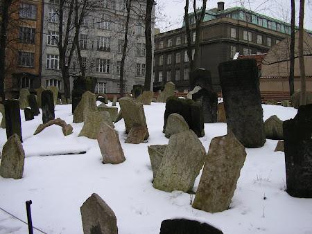 Obiective turistice Cehia: cimitir evreiesc Praga.JPG
