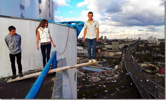 Ukrainian-Daredevil-Mustang-–-Not-Afraid-Of-Heights_07-@-GenCept