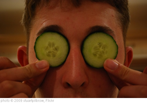 '352/365 Cucumber relaxation' photo (c) 2009, stuartpilbrow - license: http://creativecommons.org/licenses/by-sa/2.0/