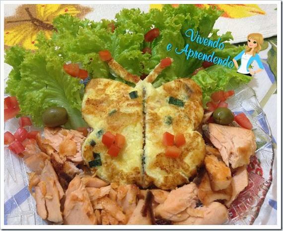 Salmão com salada e omelete borboleta2