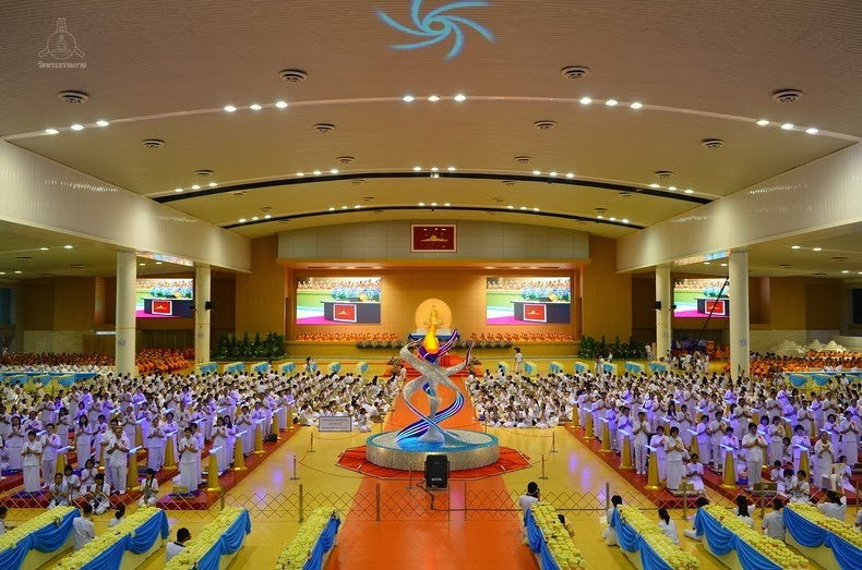 wat-phra-dhammakaya-11