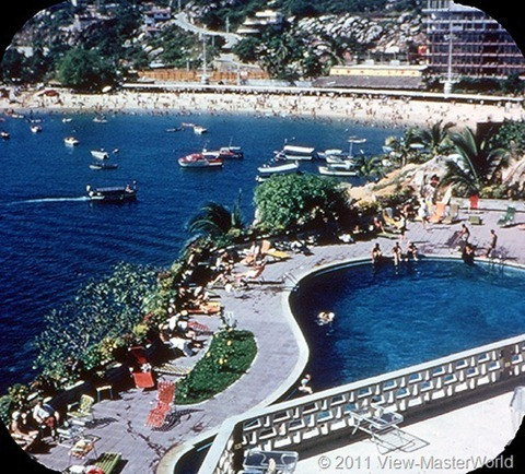 View-Master Acapulco (B003), Scene 16: Hotel Caleta and Beach