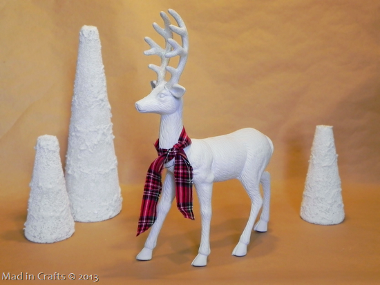 Plaid Glitter Deer