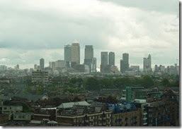 10 canary wharf from top walkway