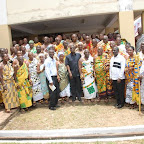 tn_Prez Mills in a grp pix with Brong Ahafo chiefs.JPG