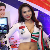 philippine transport show 2011 - girls (24).JPG