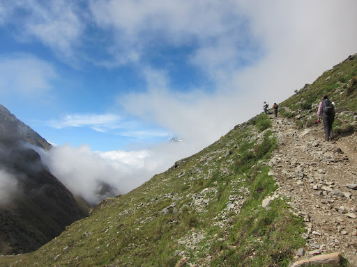 Making our way up to the Salkantay Pass