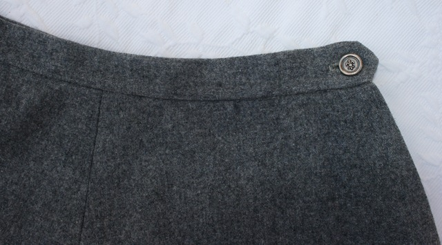 gray skirt 033