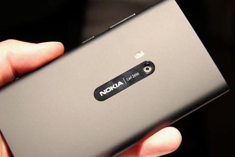 94_00002527c_2092_Nokia-Lumia-920-11