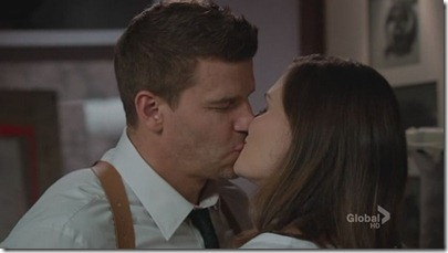 booth-brennan-moment-kiss