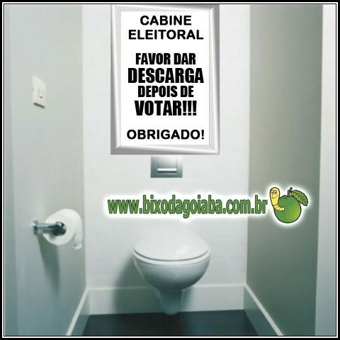 Cabine eleitoral: não se esqueça de dar descarga depois de usar!