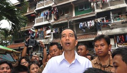 Jokowi Buru Calo Rumah Susun Marunda