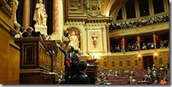 senat_4