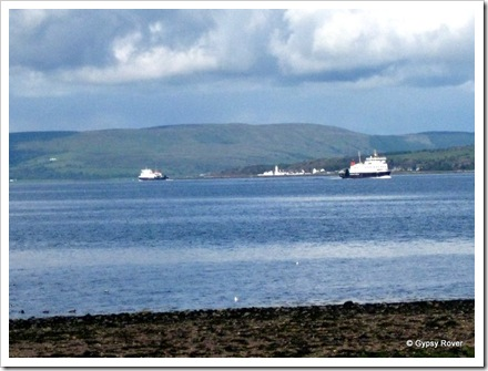 Ferries between Rothesay and Skelmorlie cross in the firth of Clyde.