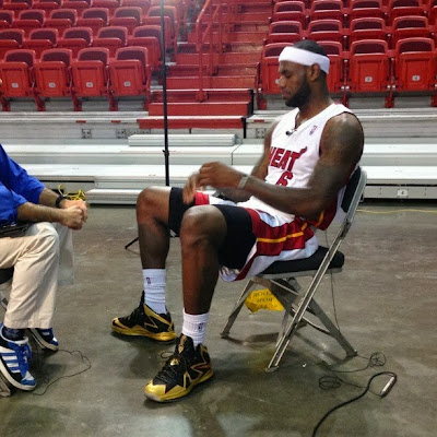 nike lebron 10 cs championship by dank 2 02 King James Rocks Custom Championship Xs on NBA Media Day