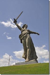 043-volgograd-mamaev kourgan-statue mere Russie