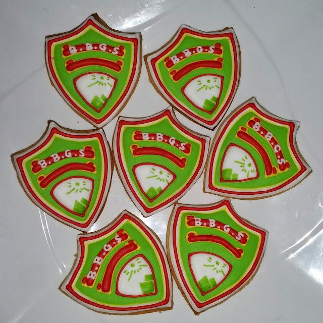bbgs logo or school badge cookies