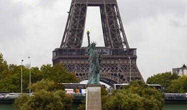 Estátua-da-Liberdade-Paris