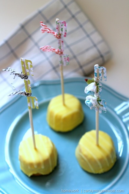 Mother's Day Cake Flags via homework | carolynshomework.com