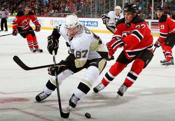 Pittsburgh Penguins v New Jersey Devils MTcaD2NcGttl