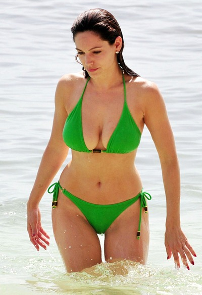 kelly brook  (2)