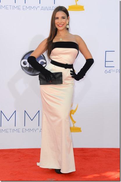 64th Annual Primetime Emmy Awards Arrivals ra4n3kX80H1l