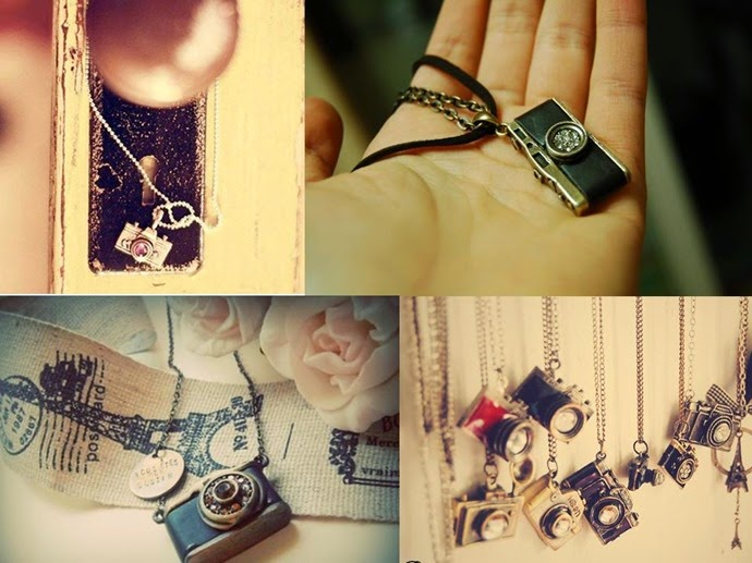 camera necklaces