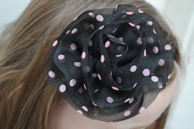 easy no sew flower clips by make life lovely