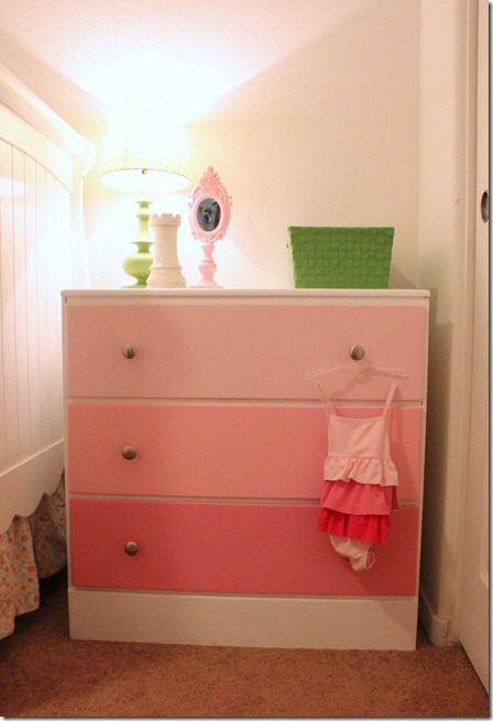 Ombre Dresser