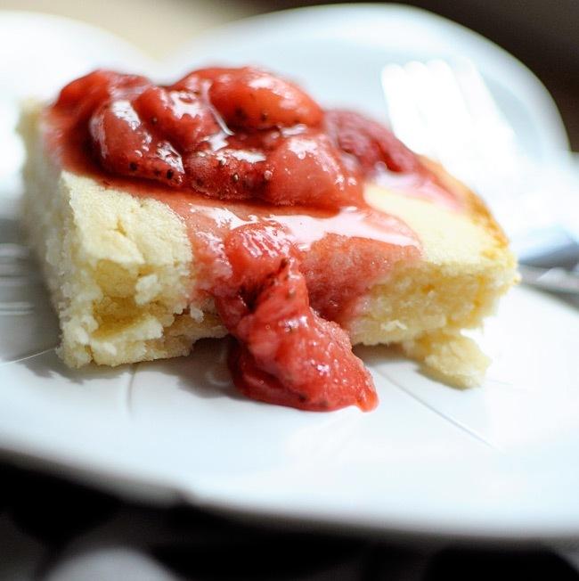Low calorie butter cake bars via MonicaWantsIt.com