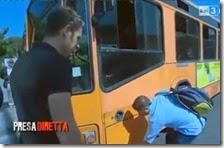 Autobus rotto a Napoli
