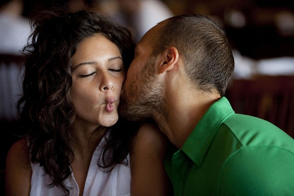 beijo no rosto