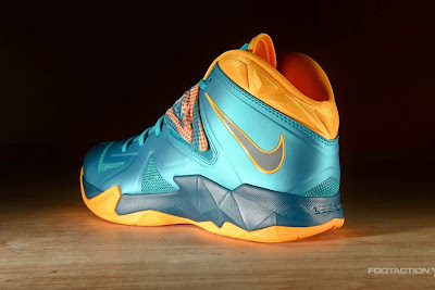 nike zoom soldier 7 gr turbo green 2 02 Release Reminder: Zoom Soldier VII Turbo Green / Atomic Mango
