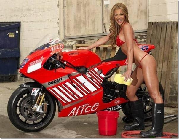 Mulheres e motos (15)