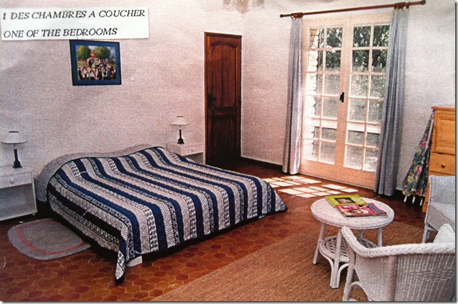 1A Alex's bedroom before