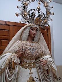victoria-jaen-natividad-besamanos-rosario-veinticinco-aniversario-2012-alvaro-abril-(14).jpg