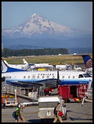 p Airport and Mt Hood