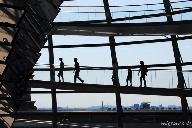 Siluetas en subida - Reichstag - Berlin