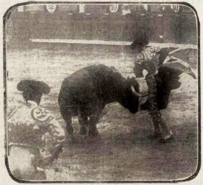 1917-05-04 (El Dia) Madrid Joselito remnata un quite