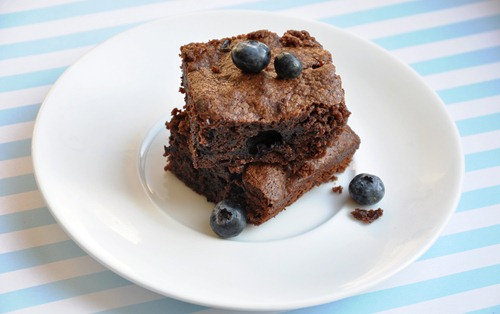 blueberry brownies 026