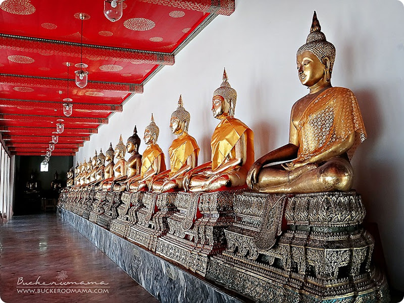Wat-Pho---Buddhas-in-a-row