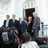 Saint Sébastien lundi 17 octobre 2011 Conférence internationale pour la Paix........Jeudi 20, ETA abandonne la lutte armée