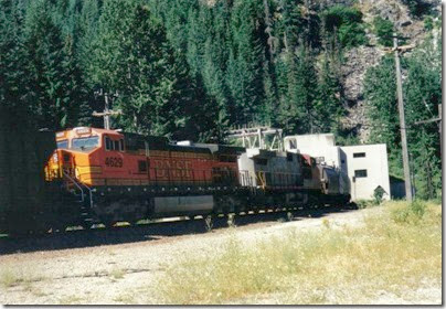 BNSF C44-9W #4629 entering the Cascade Tunnel at Berne, Washington in 2000
