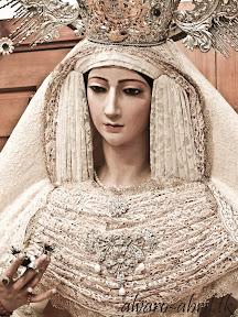 victoria-jaen-natividad-besamanos-rosario-veinticinco-aniversario-2012-alvaro-abril-(8).jpg