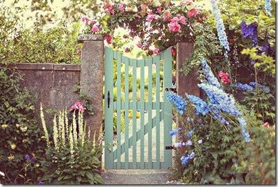 pale-blue-gate
