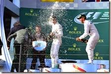 Mercedes festeggia la doppietta a Melbourne
