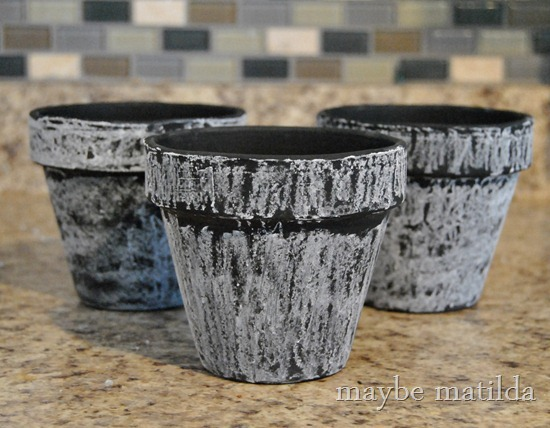 Making DIY chalkboard flower pots