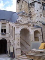 2011.09.03-033 escalier de bellegarde du palais des ducs